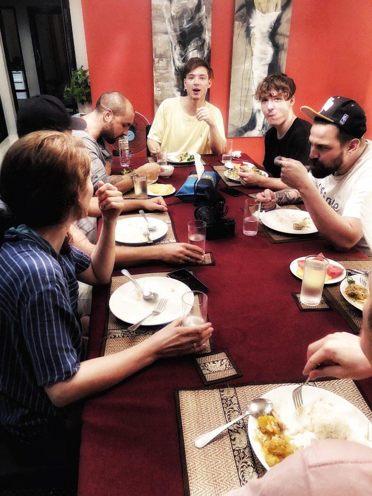 Dinner mit der Thailand Crew!